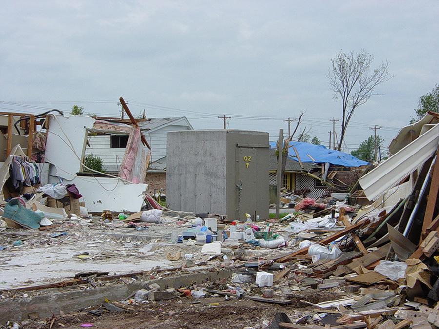Oz Tornado Shelters : Home oz saferooms